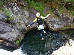 Evolution 2 - Canyoning
