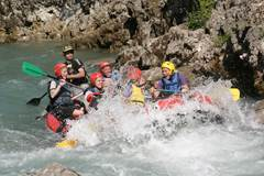 ROCK AND ROLL RAFTING