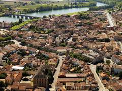 Moissac: the Orchard Walk (Tarn et Garonne)