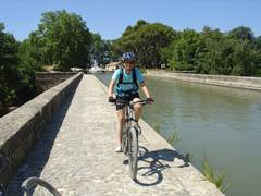 Canal de Garonne by bike
